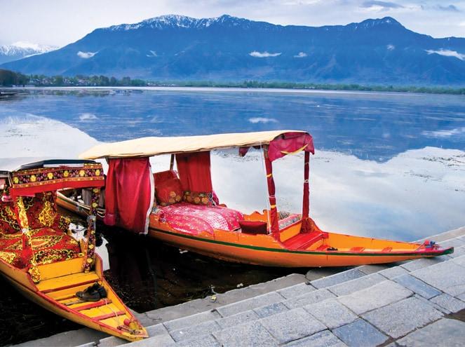 Shikara ride Dal lake
