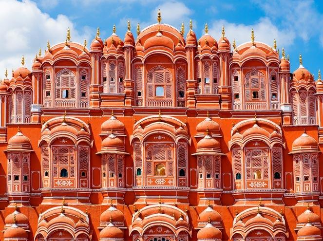 Hawa Mahal Trip in Agra Jaipur Package