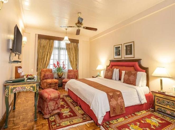 Elgin Hotels