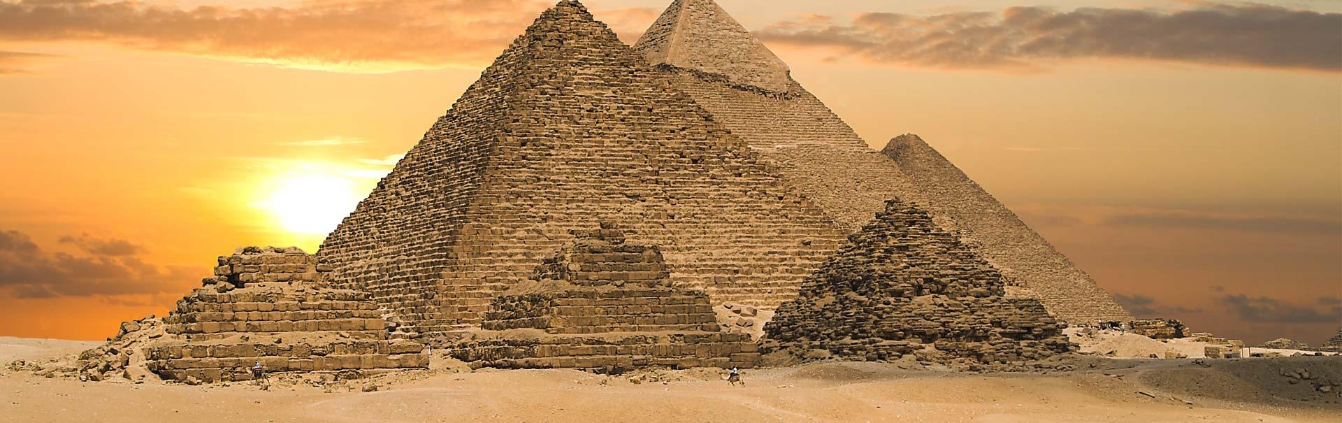 imageUrlhttps://img.veenaworld.com/customized-holidays/world/dubai-egypt-israel/sheg3/sheg3-bnn-1.jpg