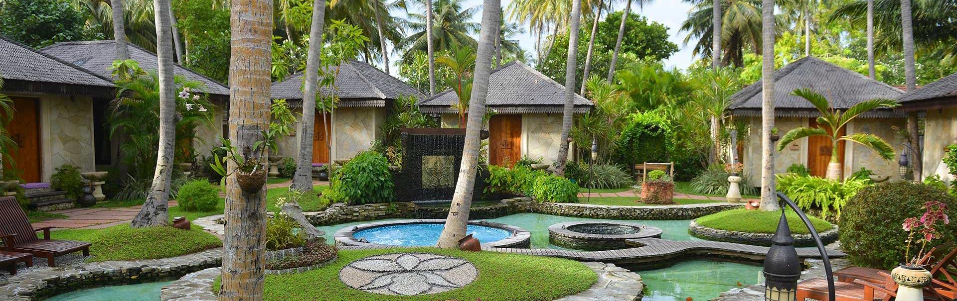imageUrlhttps://img.veenaworld.com/customized-holidays/world/maldives/shml10/shml10-bnn-1.jpg