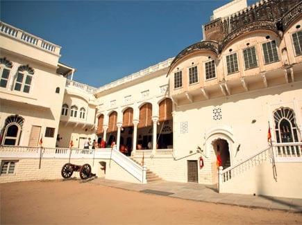 Jaipur Mandawa (STJM) Tour Package