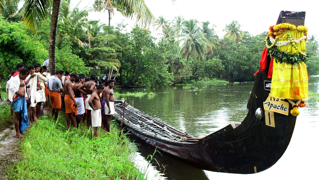 A typical snake boat