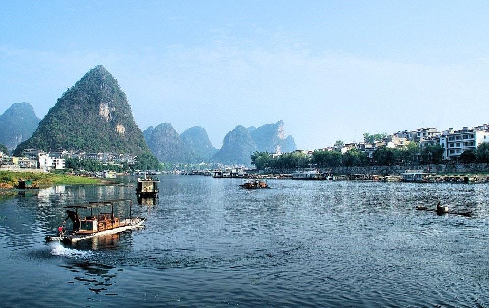 Boating On River Li