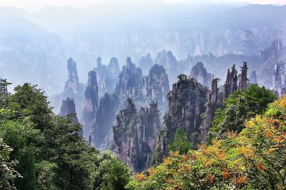 Hike The Floating Mountains