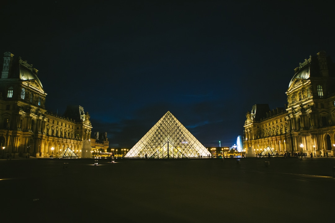 Witness the Masterpieces at the Louvre