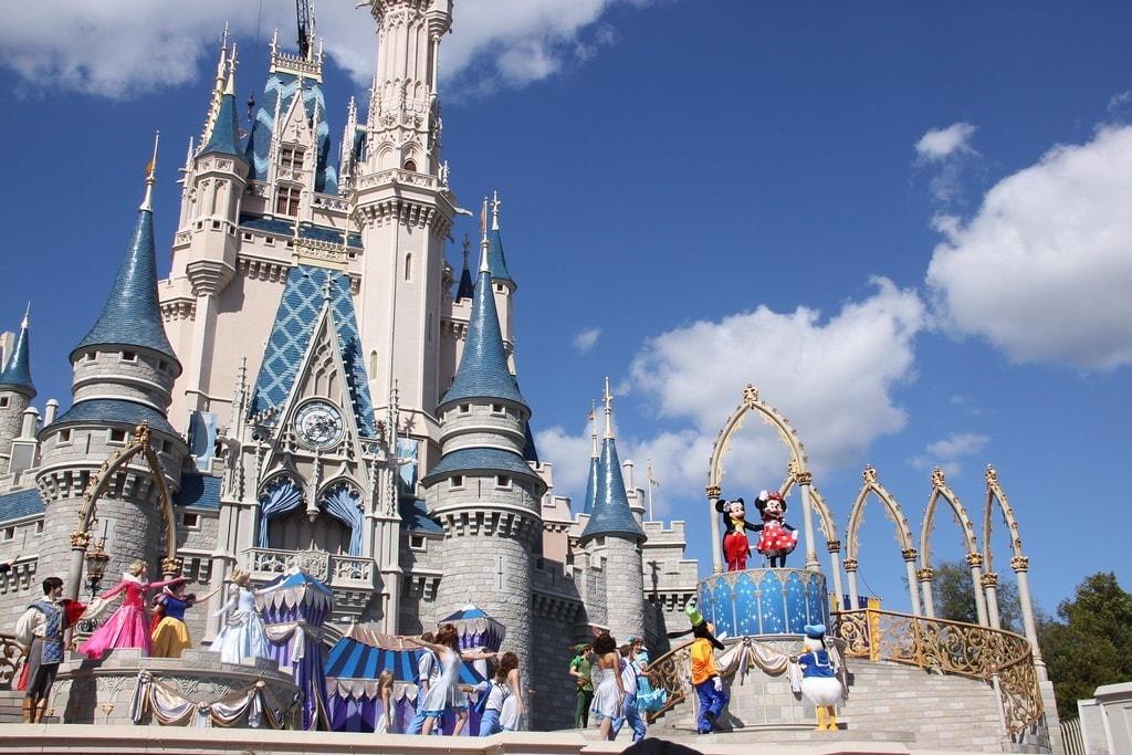 Meet Disney Characters at Walt Disney World Parks