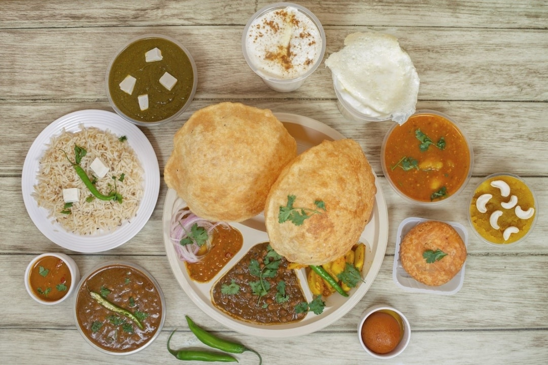Devour Chole Poori at Bille Di Hatti
