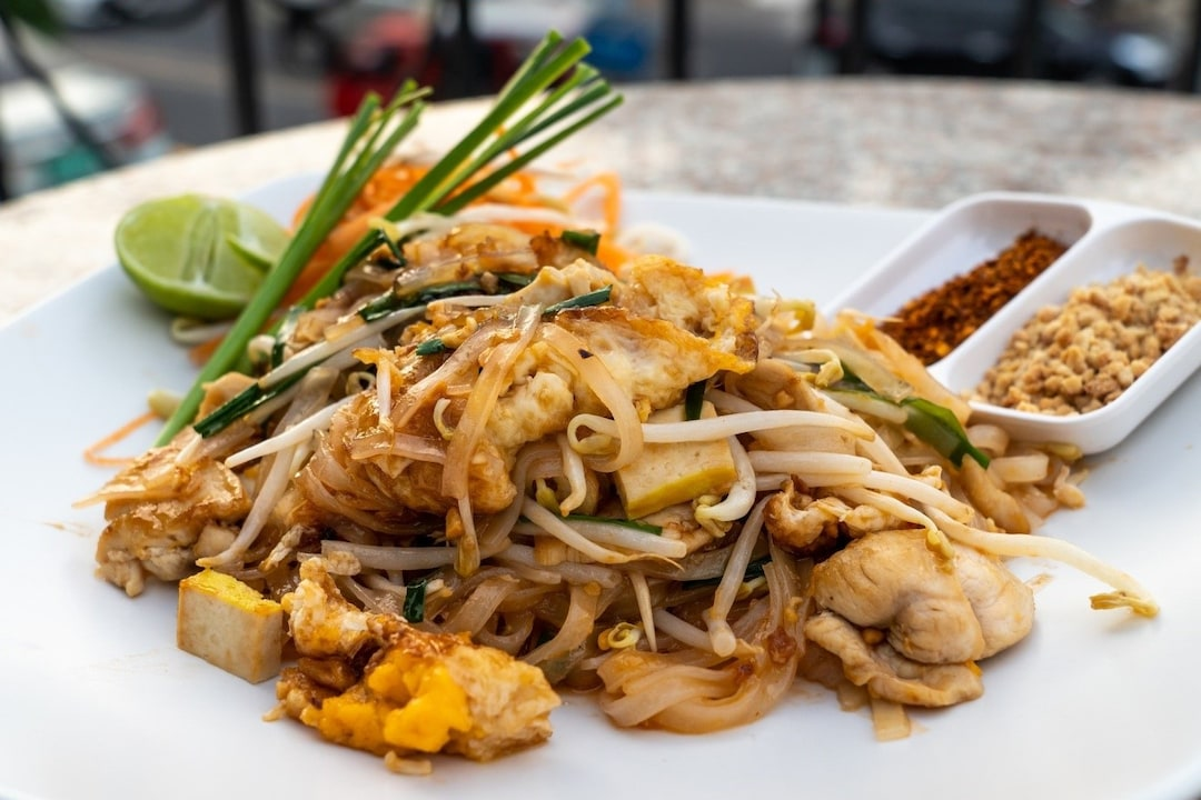 Relish a Mix of Textures in Pad Thai