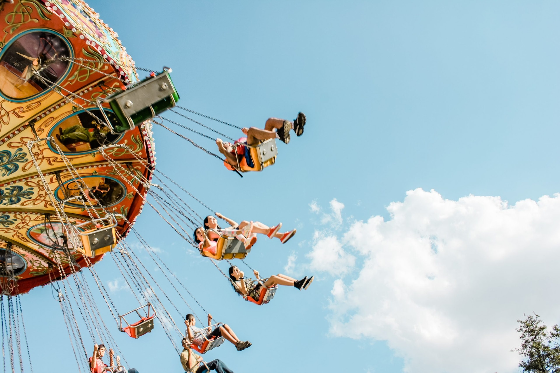 Which One Of These Is The Oldest Amusement Park In The World
