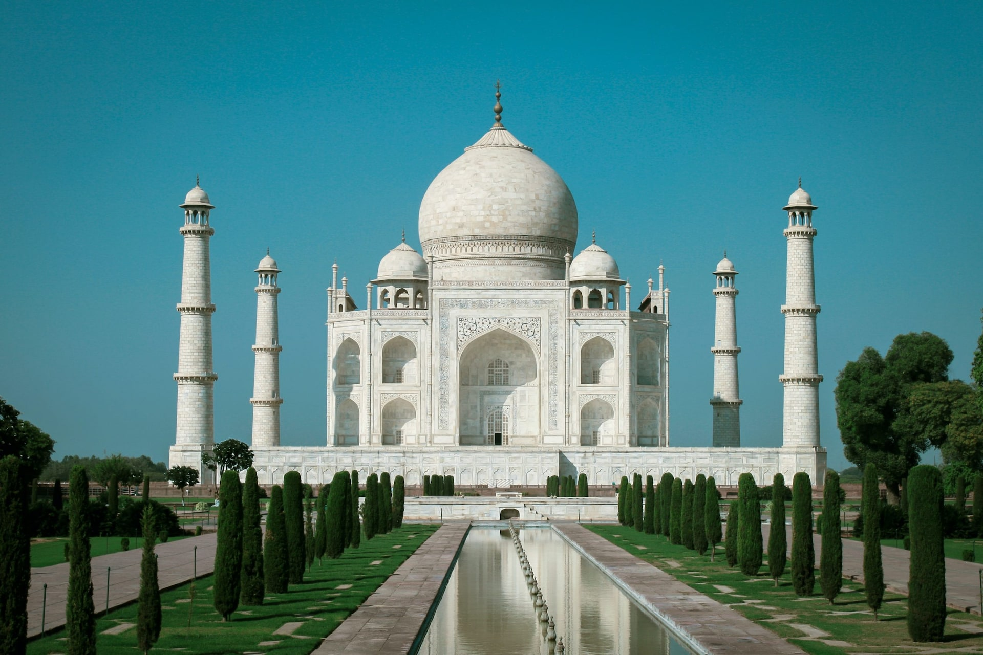 Who Is The Architect Of The Architectural Wonder Taj Mahal