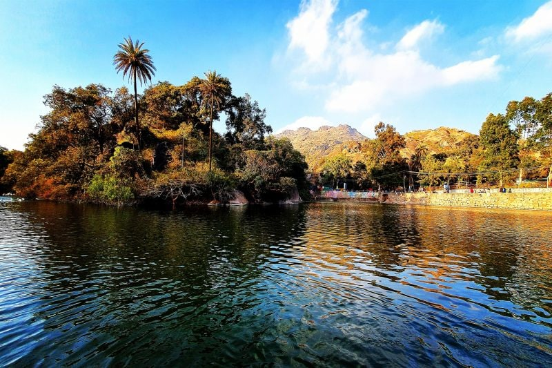 8 Mount Abu Temples That Will Fulfill Your Spiritual Quest
