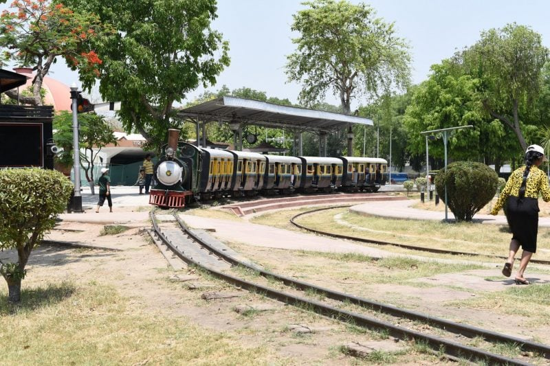 7 Reasons To Visit The National Rail Museum In Delhi This Weekend